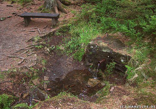 Der Fieke-Märtens-Brunnen