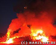 Erste Flammen