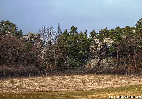 Blick zum Regensteinmassiv bei Blankenburg