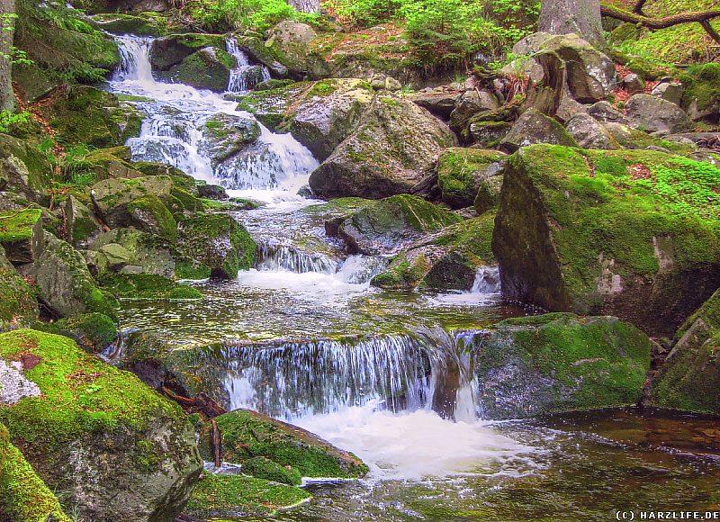 Wasserfall im mittleren Teil der Ilsefälle