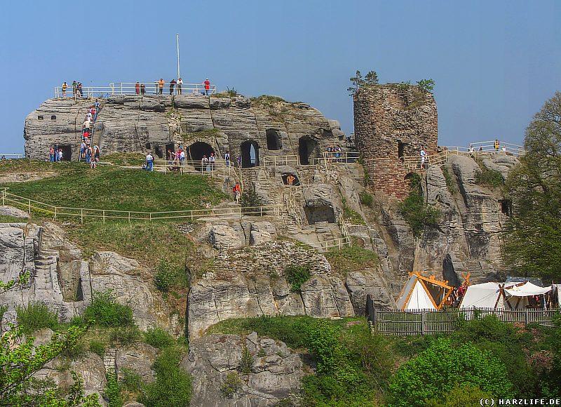 Die Burgruine Regenstein am Osterwochenende