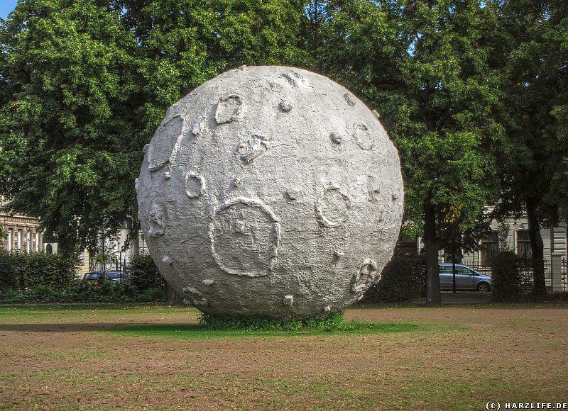 Der Mond in der Herrenbreite in Aschersleben