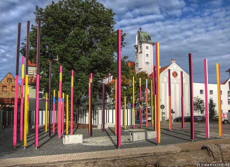 Der Stelenwald - ein Kunstobjekt der DRIVE-THRU-Gallery in Aschersleben