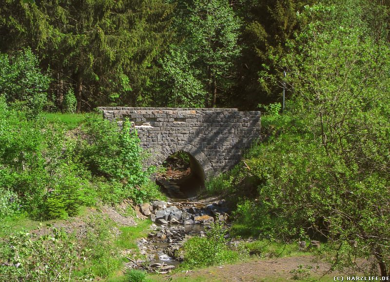 Die Brücke über die Große Hune