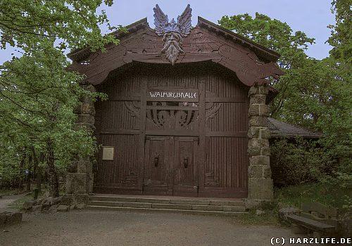 Die Walpurgishalle auf dem Hexentanzplatz