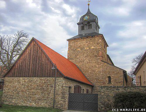 Straßenansicht der Klosterkirche St. Marien in Klostermansfeld