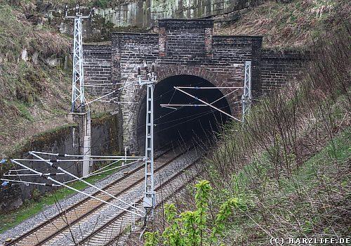 Tunnelportal der Kanonenbahn bei Blankenheim