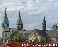 Blick zur Stiftskirche