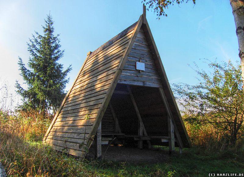 Die Schutzhütte an der Trageburg